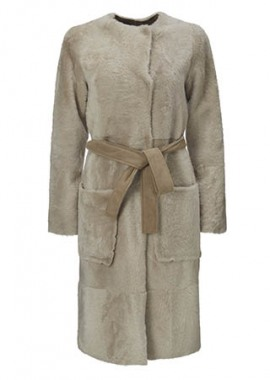 51125 Coat, lacon beige w. pockets and belt