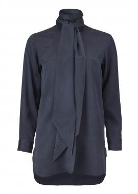 15657 Shirt w. scarf collar, blue silk