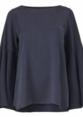 15658 Blouse w. voilant shaped sleeves, blue silk