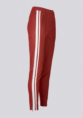 13366 Jogging pants ela lamb red