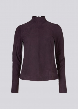 15686 Blouse silky suede aubergine